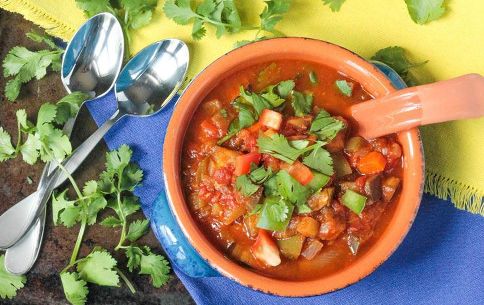 Spicy and Smoky Veggie Chili [Vegan, Gluten-Free]
