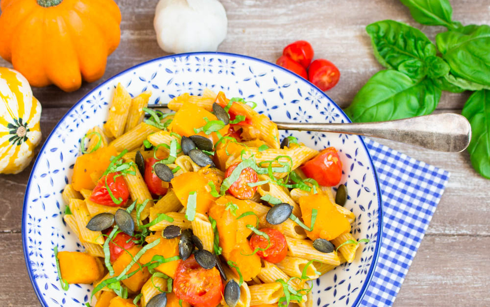 Pumpkin Pasta With Tomatoes and Basil [Vegan]