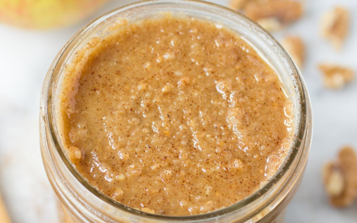 Apple Cinnamon Walnut Butter