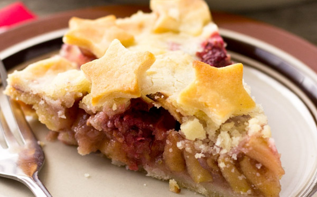 Apple Raspberry Ginger Pie [Vegan, Gluten-Free]
