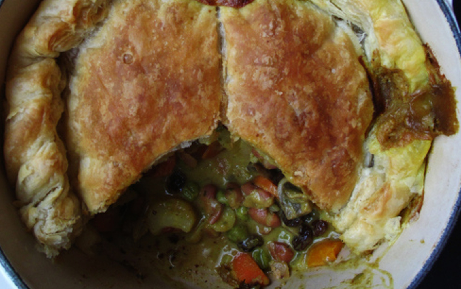 Hearty Winter Curry Pie [Vegan]