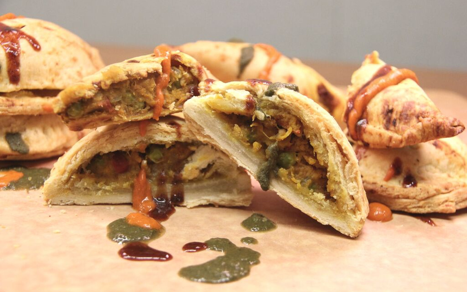 #5under5: 'Samosanadas' (Seasonal Pumpkin Samosa Empanadas) [Vegan]