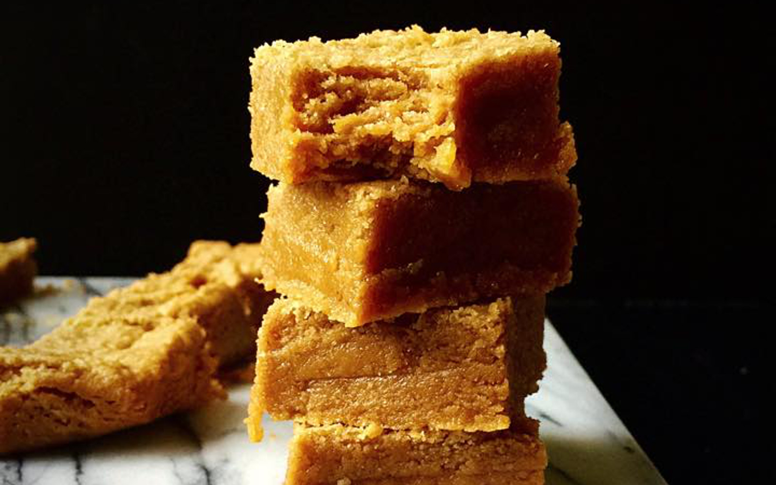 Maple Peanut Butter Blondies