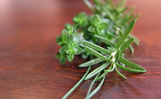 Dried Herbs vs Fresh. What's the Difference, Really?