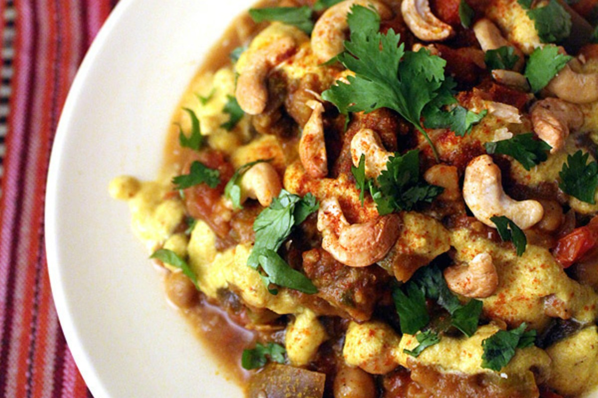 Iranian Eggplant and Chickpeas Stew With Coconut-Almond Sauce