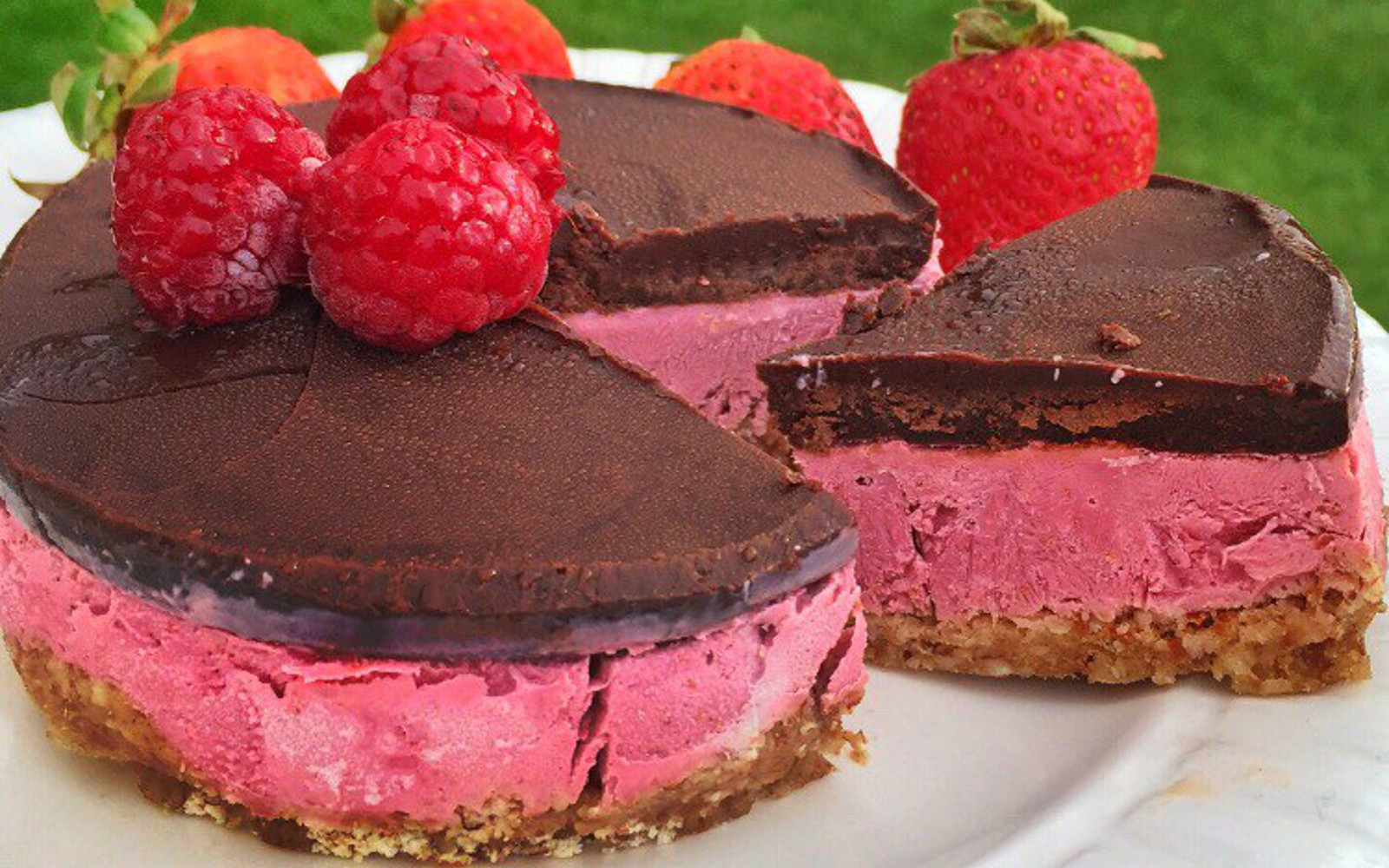 Chocolate-Covered Raspberry Cheesecake