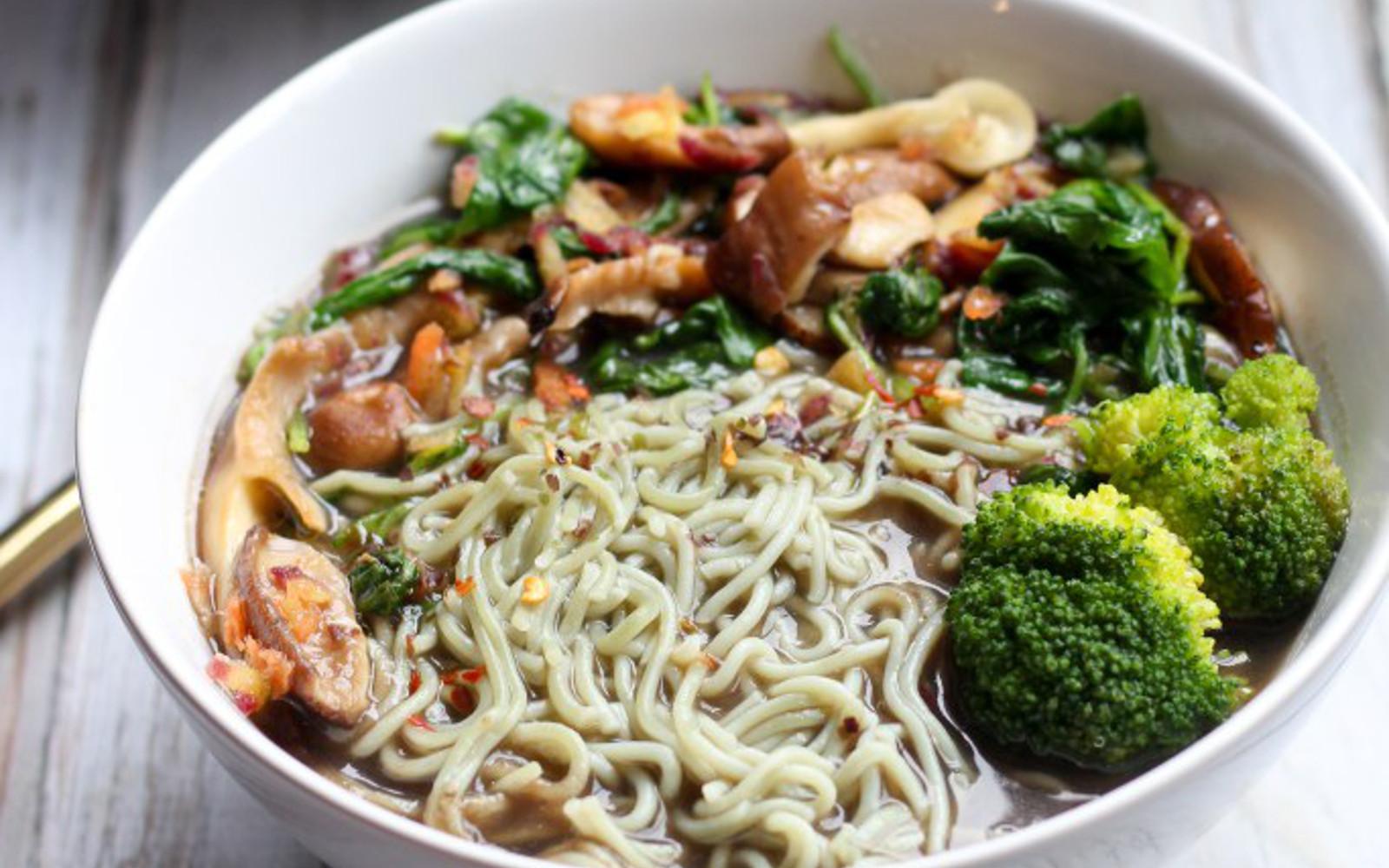 Mushroom and Vegetable Ramen Soup