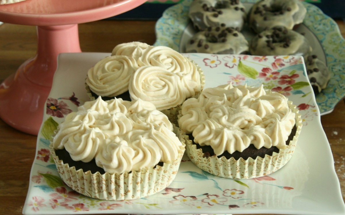 The Best Chocolate Cupcakes With Rich Maple Buttercream Frosting