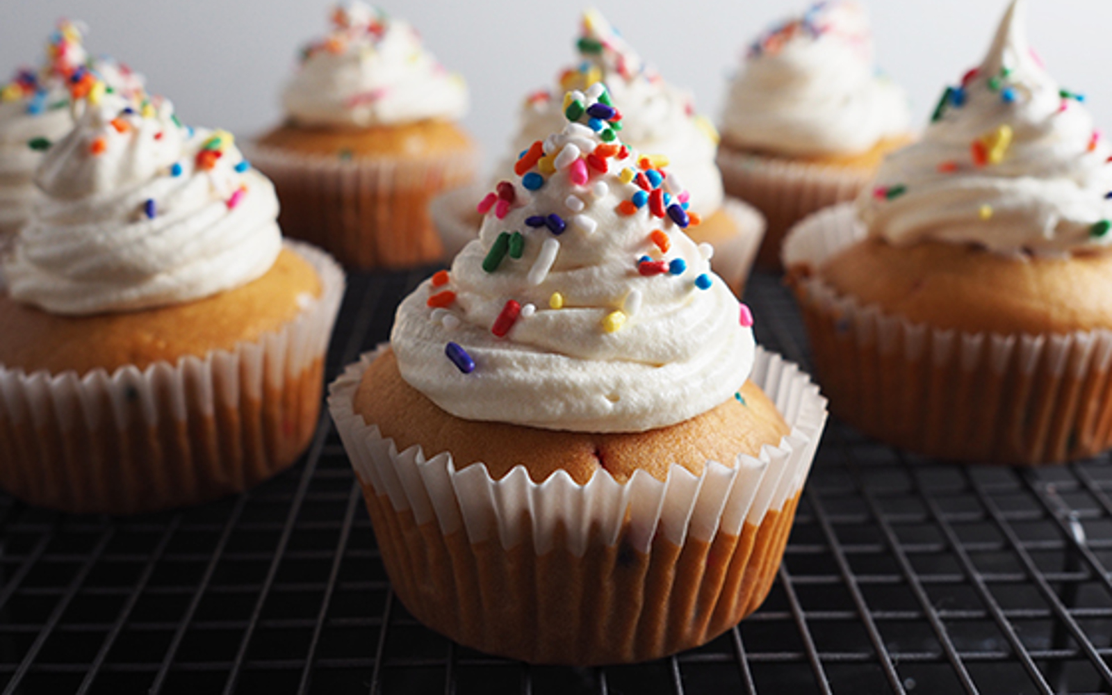 Incredible Vanilla Birthday Cake Cupcakes With A Cream Cheez Frosting Vegan Funny Birthday Cards Online Alyptdamsfinfo