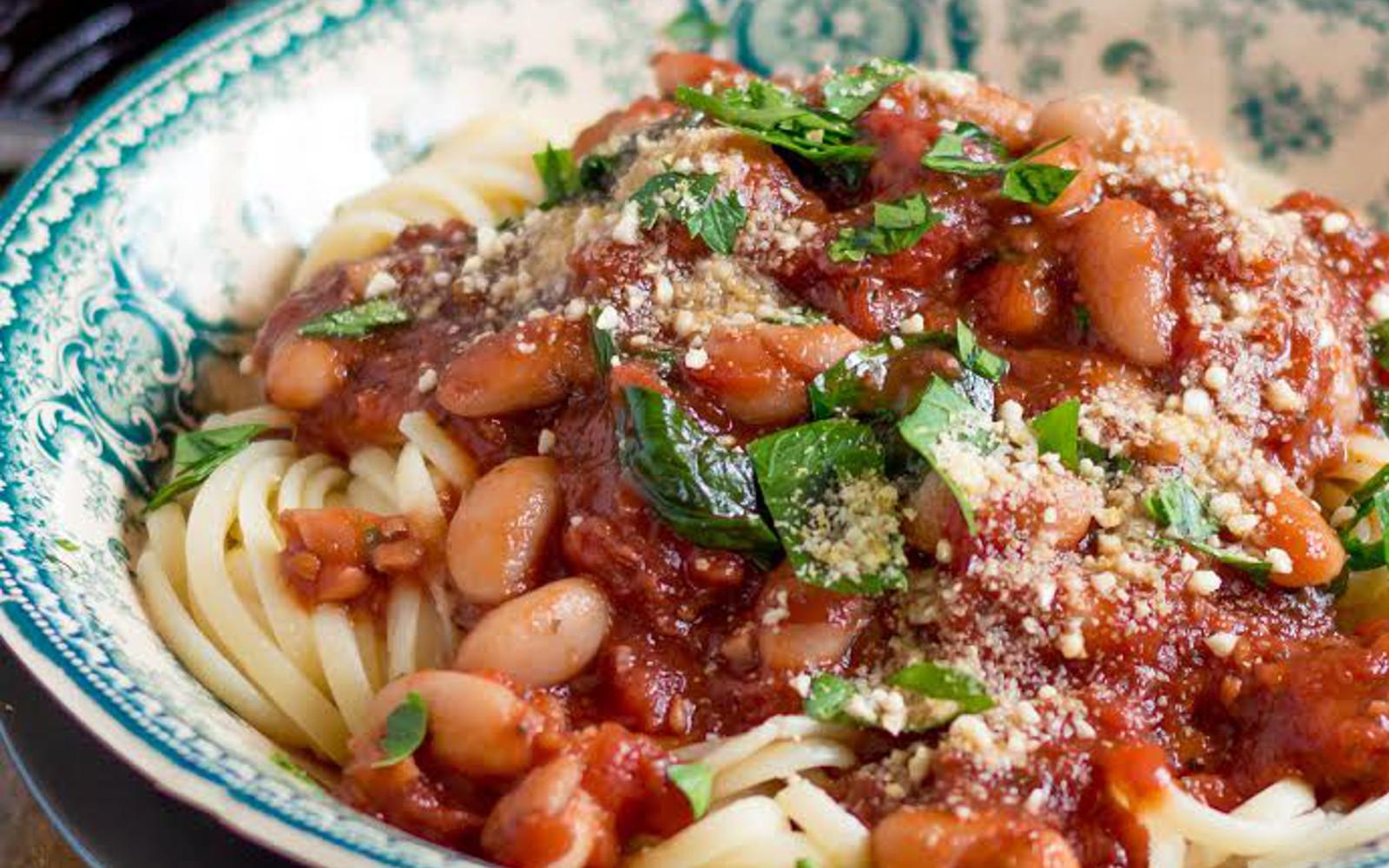 White Bean and Spinach Ragu