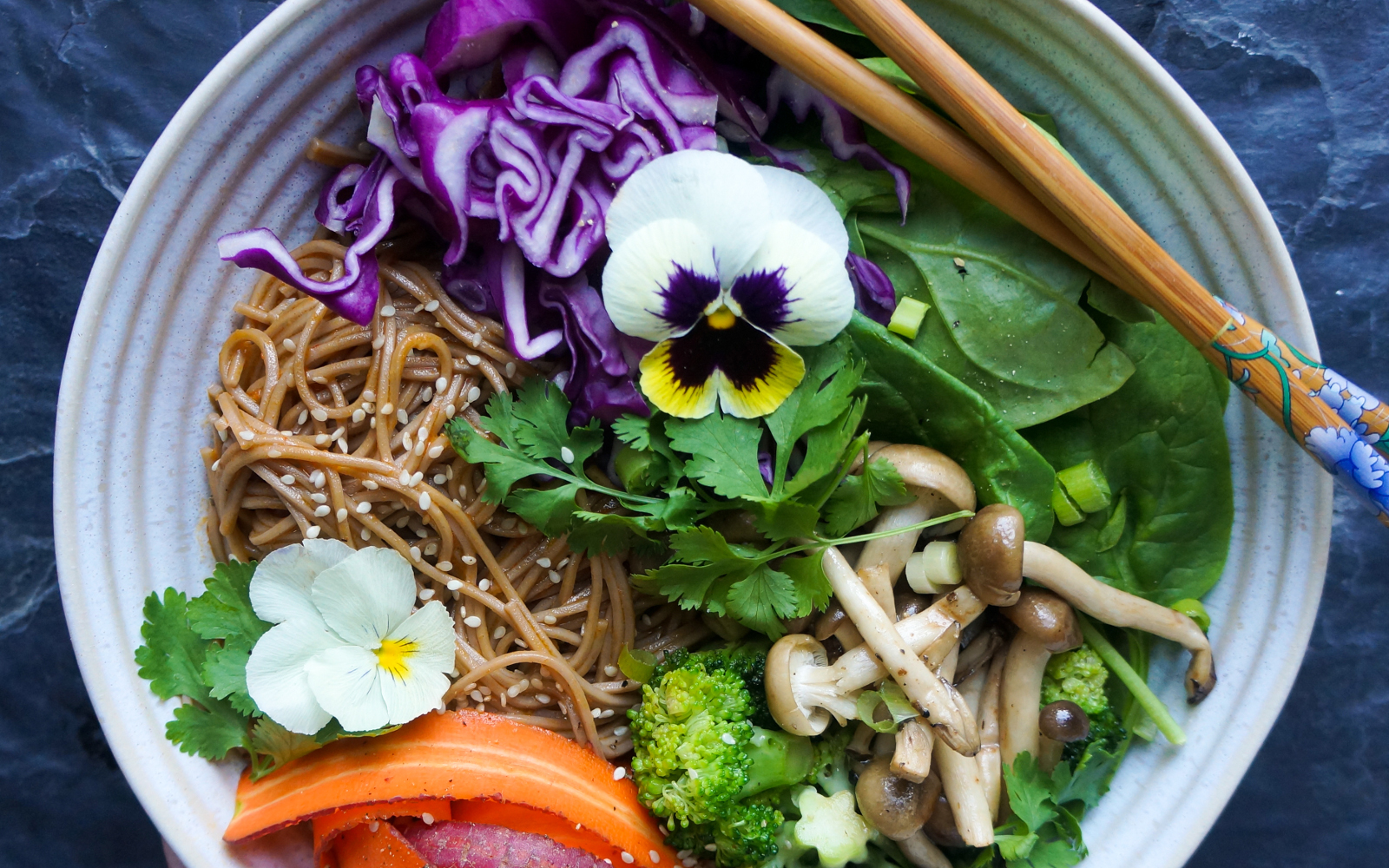 Thai Red Curry With Soba Noodles, Sauteed Shimeji Mushrooms, and Vegetables