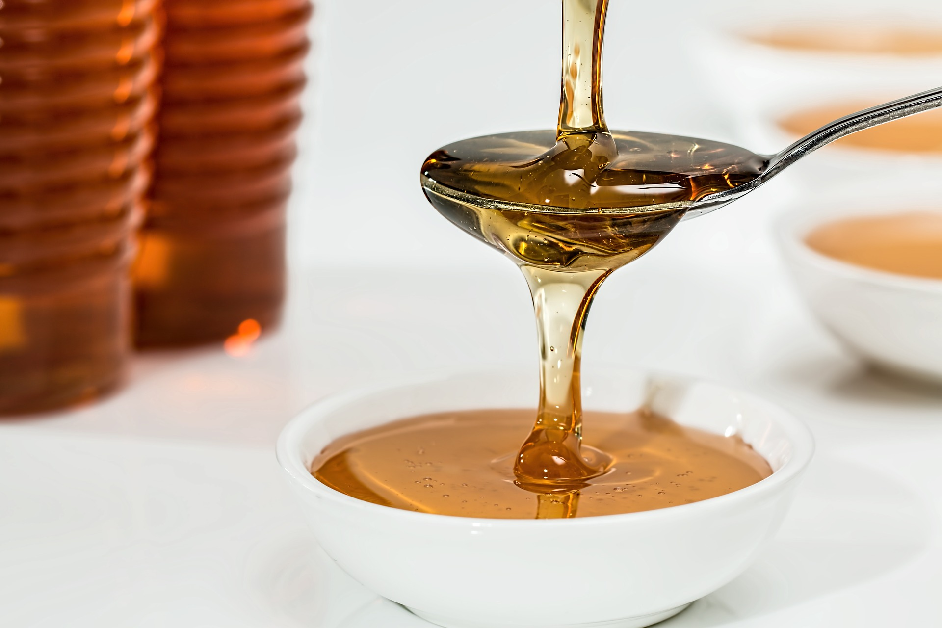 7 Perfect Replacements for Honey