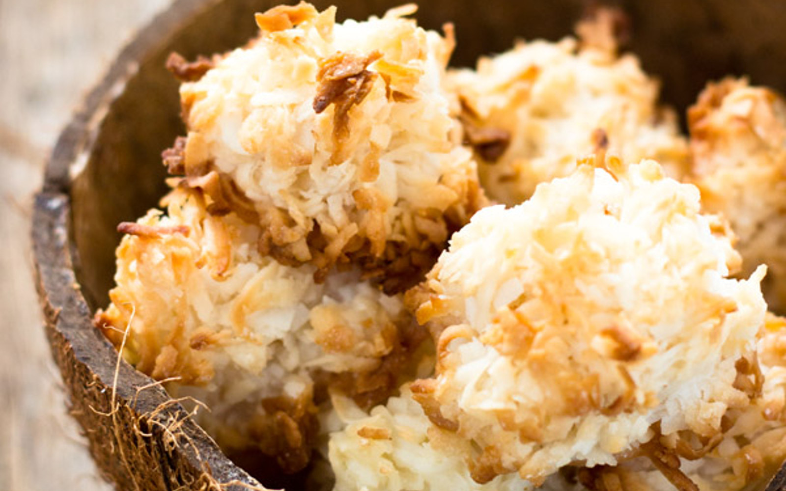 Simple Coconut Macaroons Vegan One Green Planet