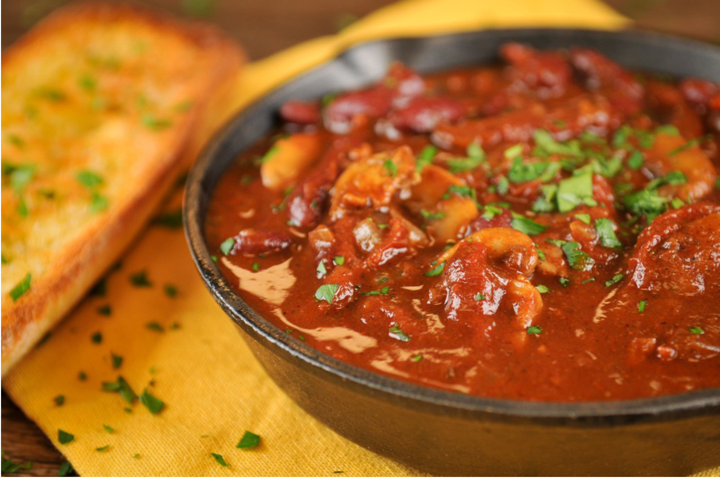 Sun-dried Tomato and Kidney Bean Chili