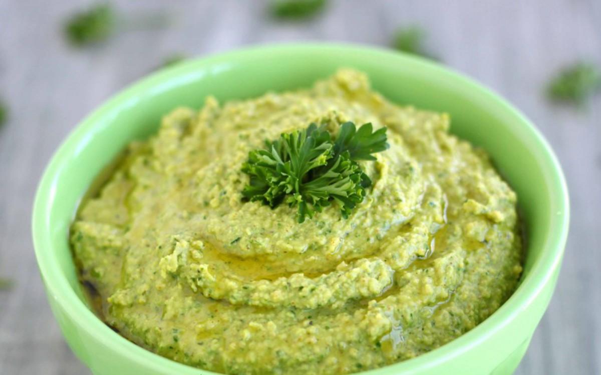Detox Green Hummus