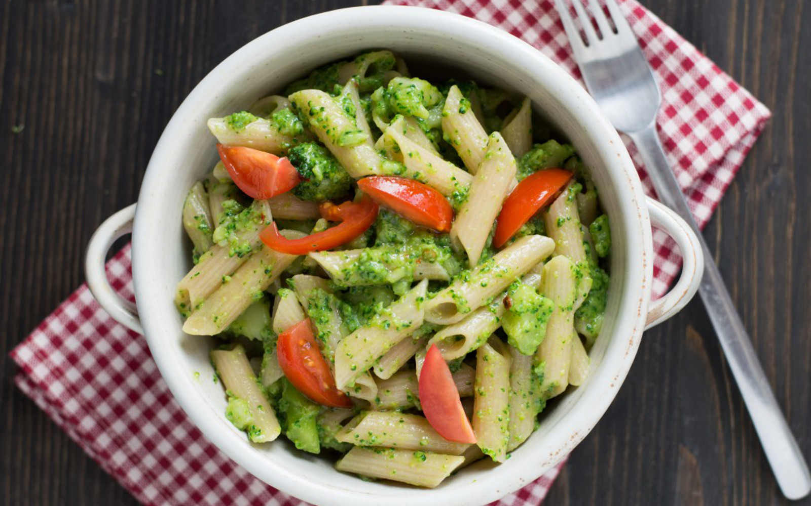 Penne with Broccoli, Chili, and Capers