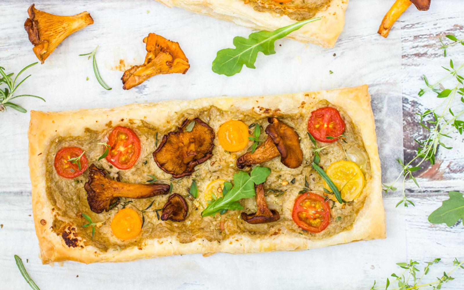 Puff Pastry Pizza With Artichoke Cream