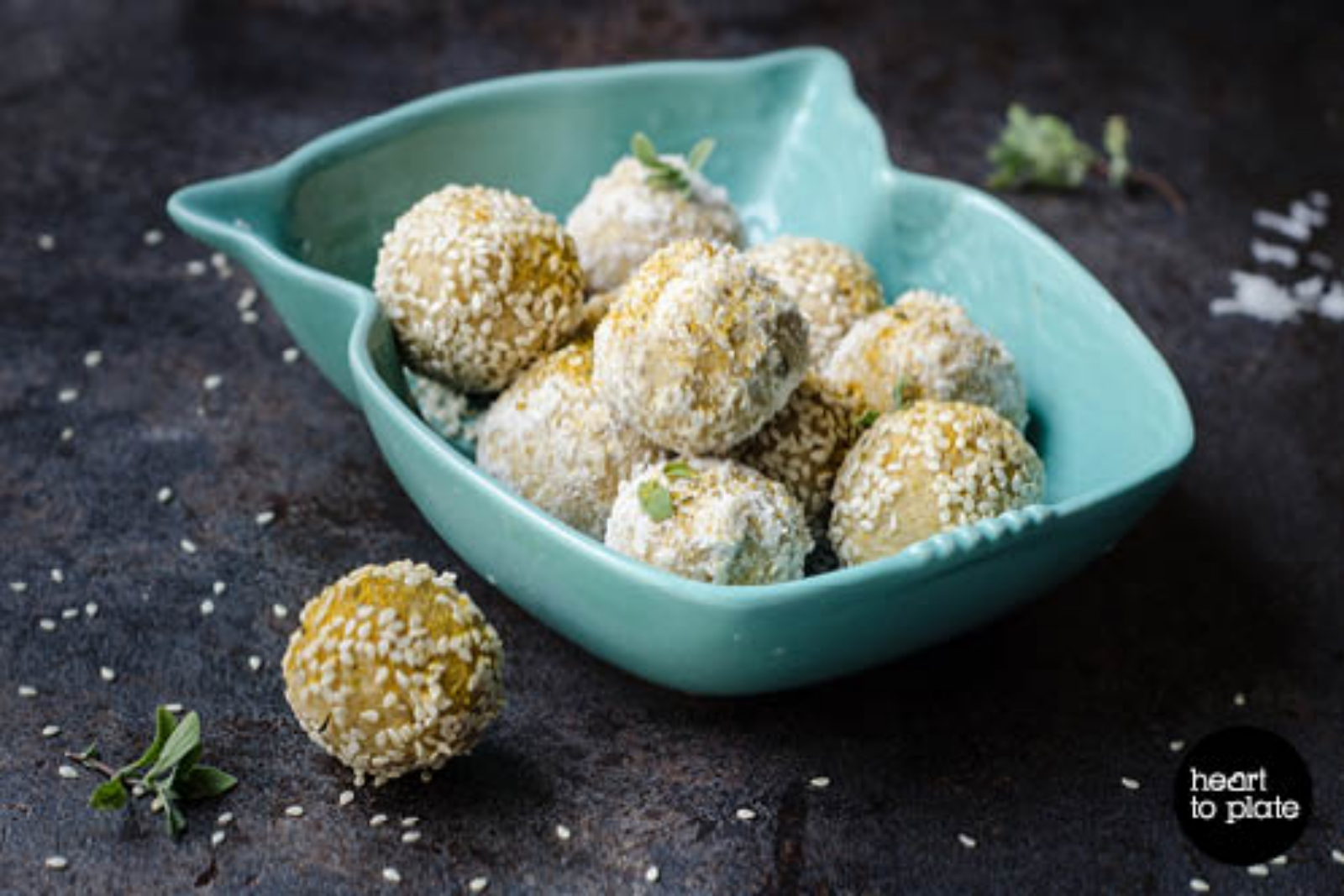 Satay cashew balls