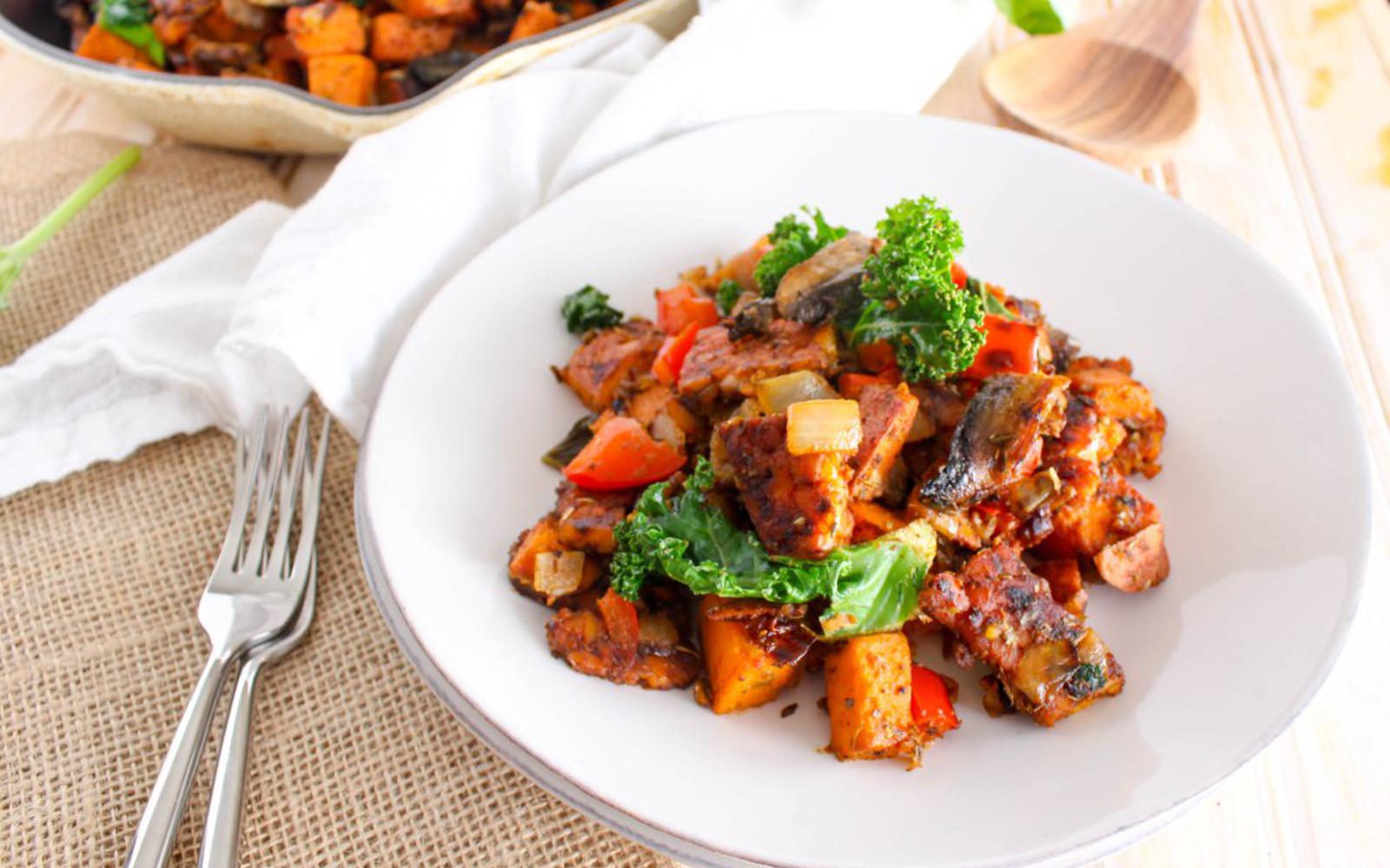 Spicy Tempeh-Bacon Sweet Potato Hash