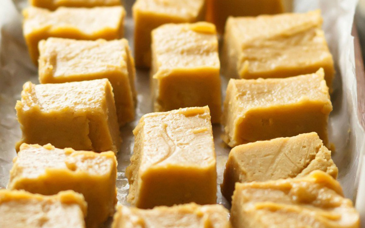 Vegan No Bake peanut butter fudge