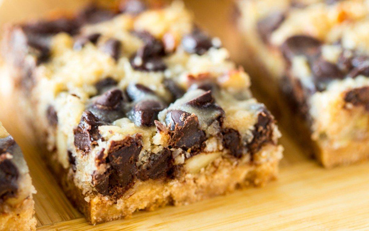 Vegan Paleo Magic Cookie Bars