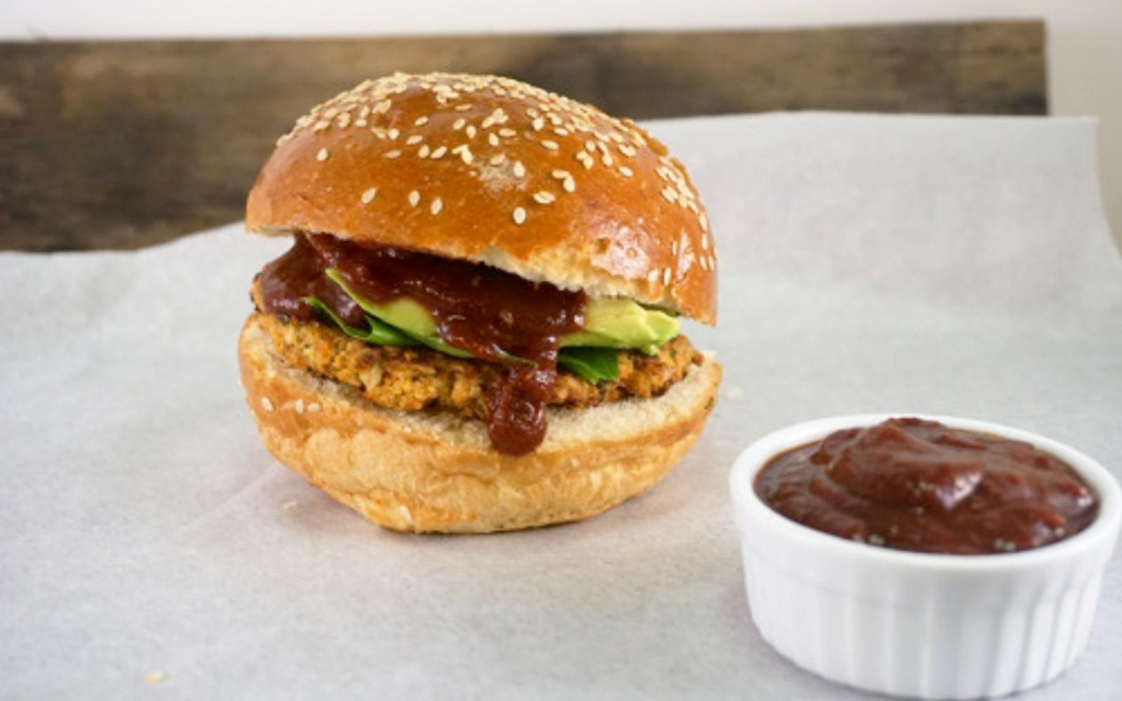 BBQ Chickpea Burger 1