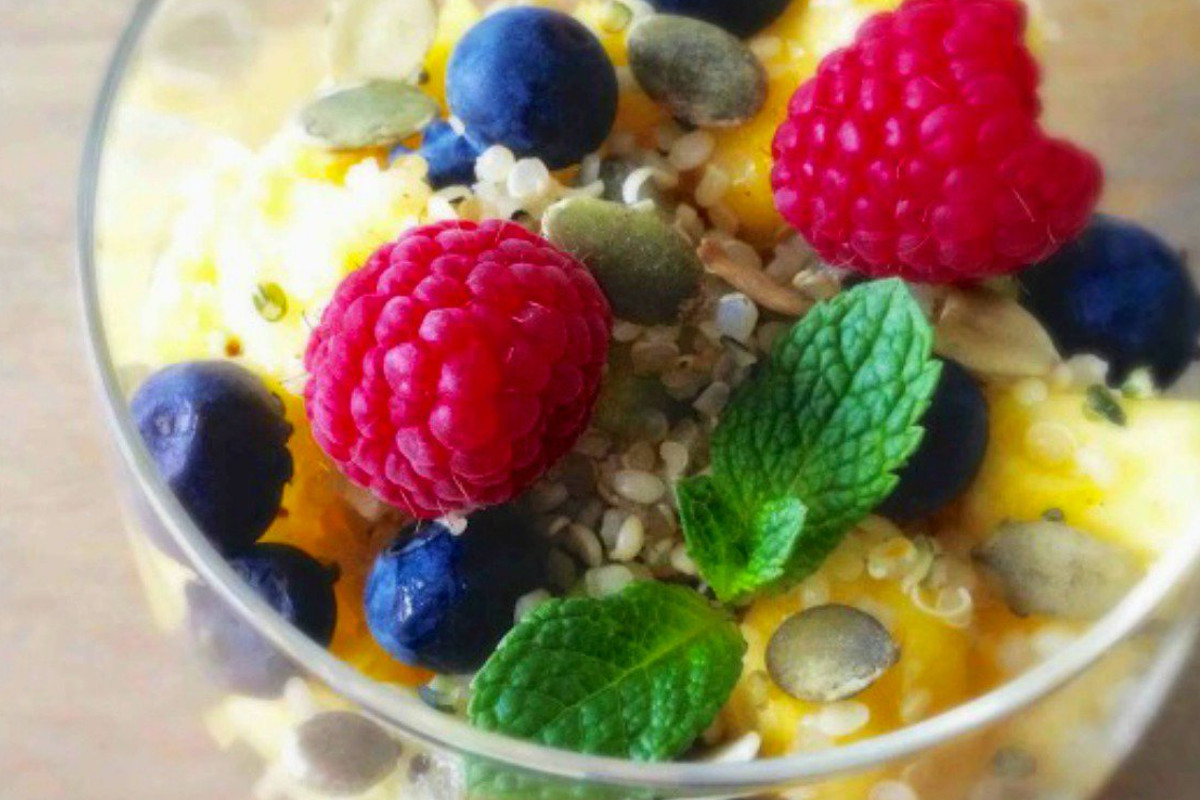 breakfast quinoa fruit salad