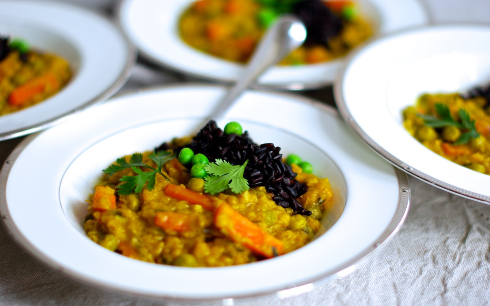 Red Lentil Dal With Peas and Carrots
