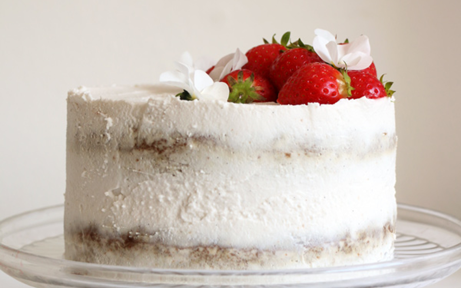 Strawberry Coconut Sponge Cake 2