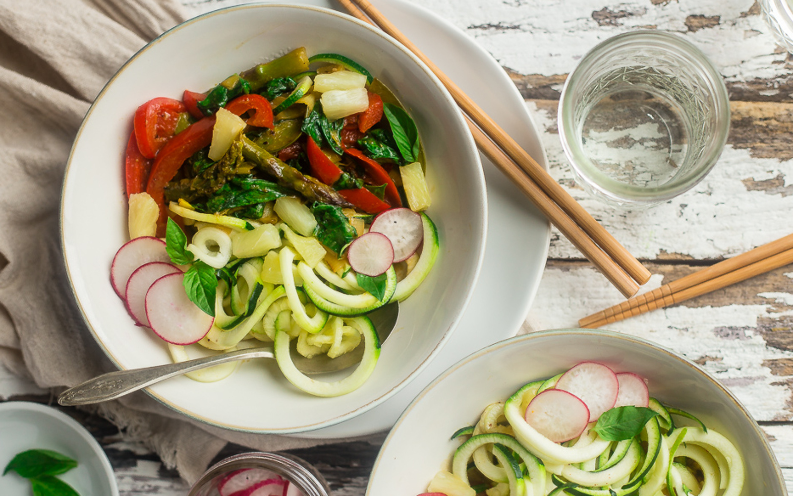 Green Coconut Curry Zucchini Noodle Bowls [Vegan]