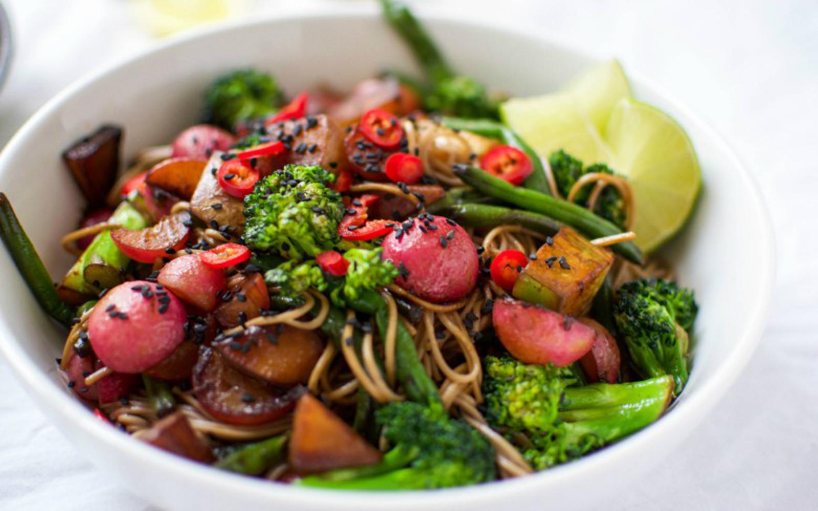 Ginger-Lime Soba Noodles With Vegetables
