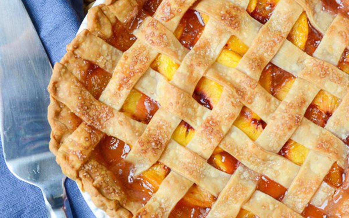Vegan Peach Pie With Lattice Crust
