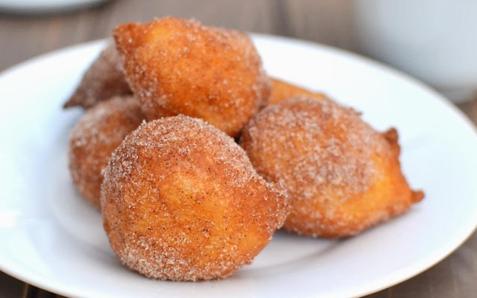 Zeppoles: Italian Doughnuts
