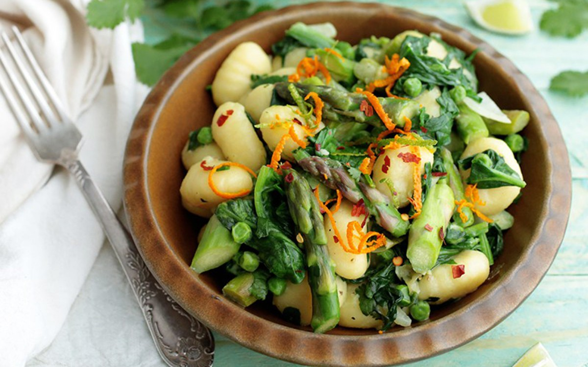 One Pot Asparagus and Spinach Gnocchi 1