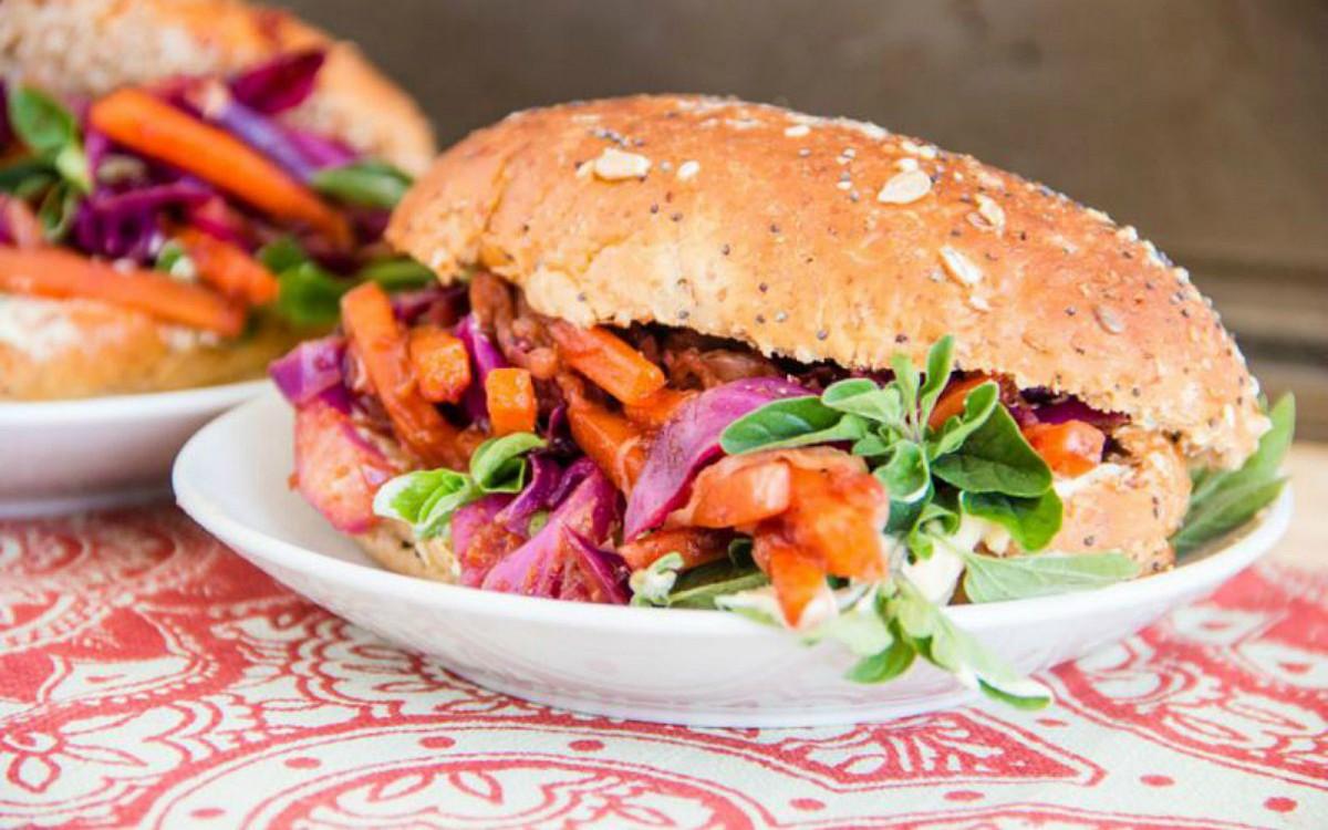 bbq pulled veggie sandwiches