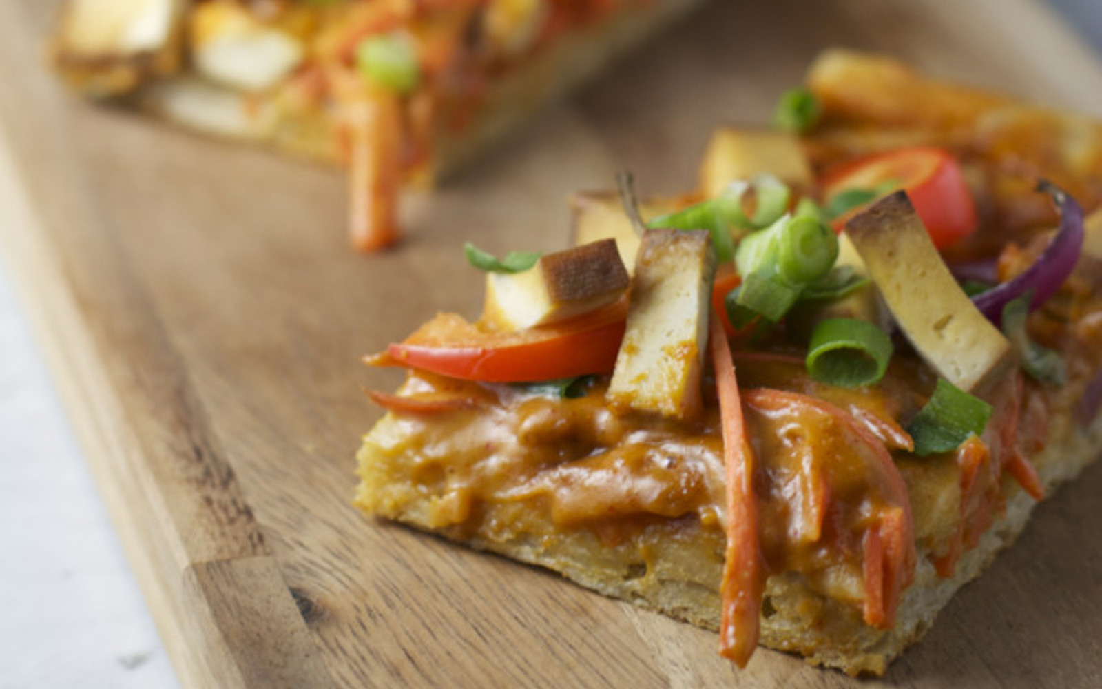 Thai Tofu Pizza With Peanut Sauce