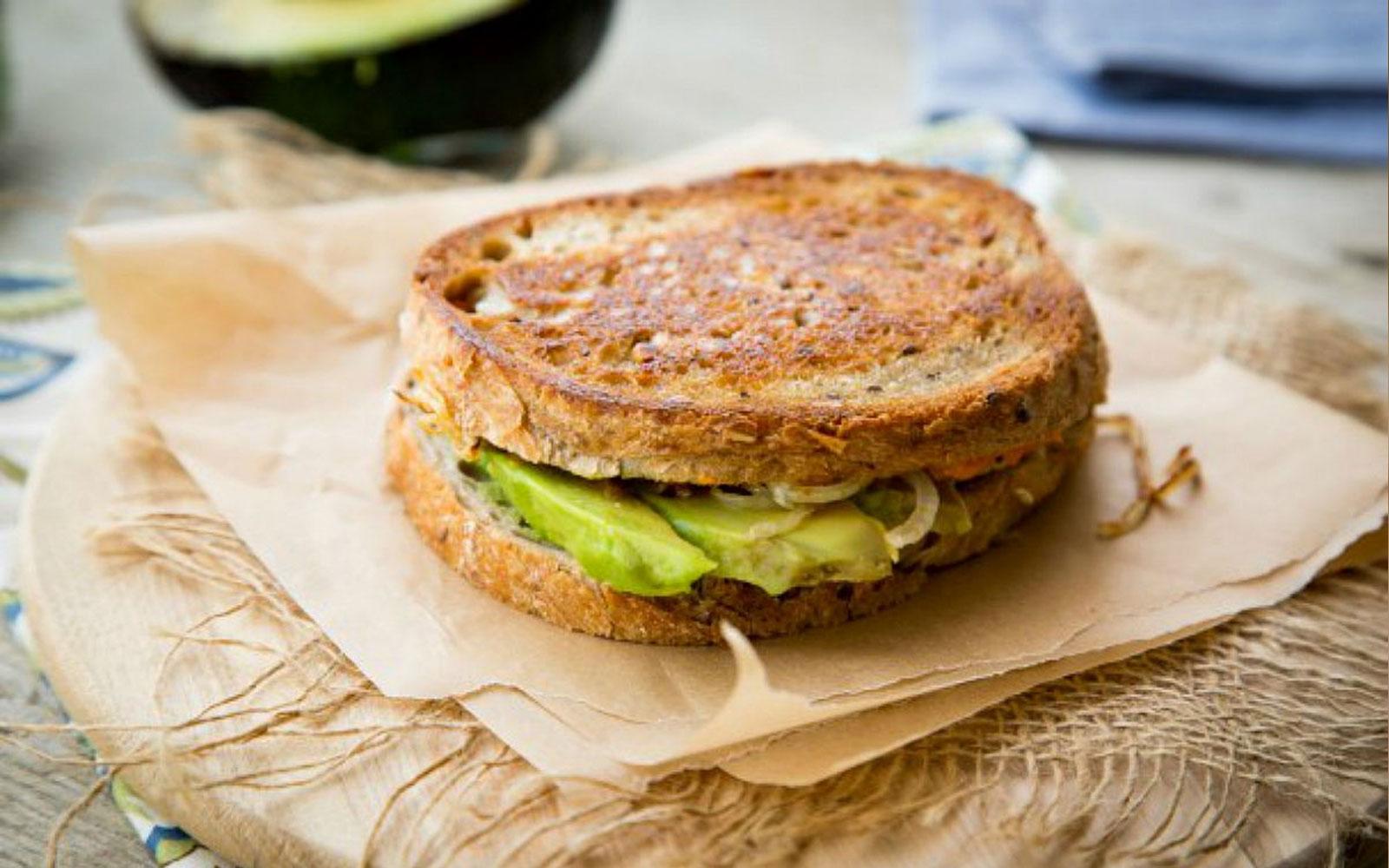 avacado-sandwich