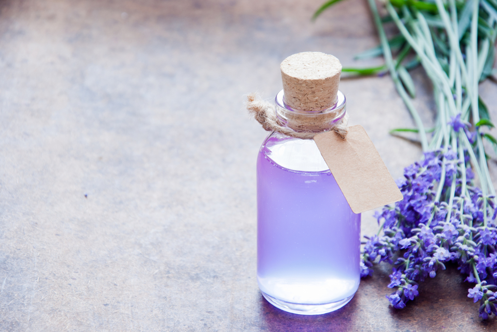 How to Make Your Own Chemical-Free DIY Hand Sanitizer