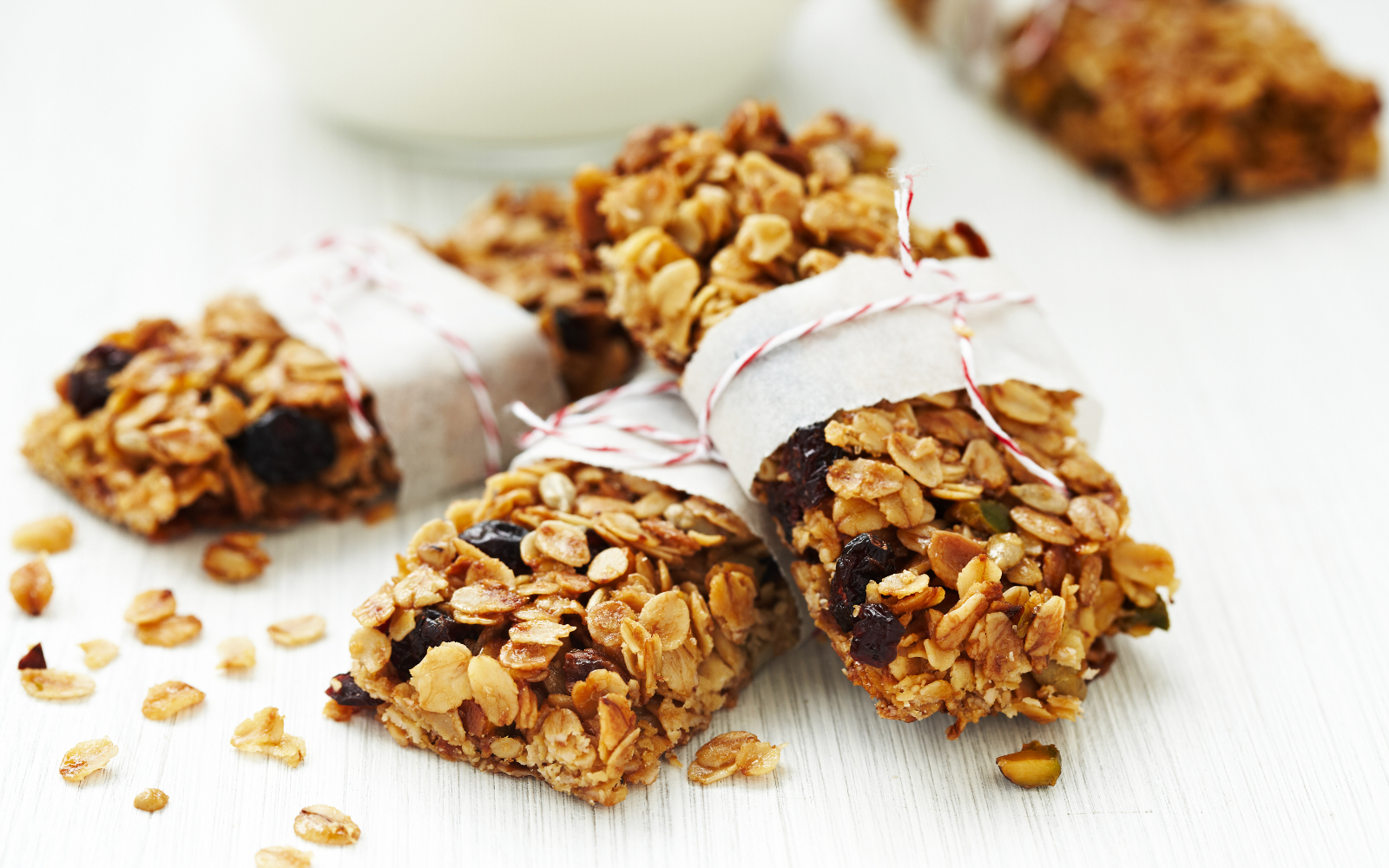 These 14 Nut Free And Vegan Bars