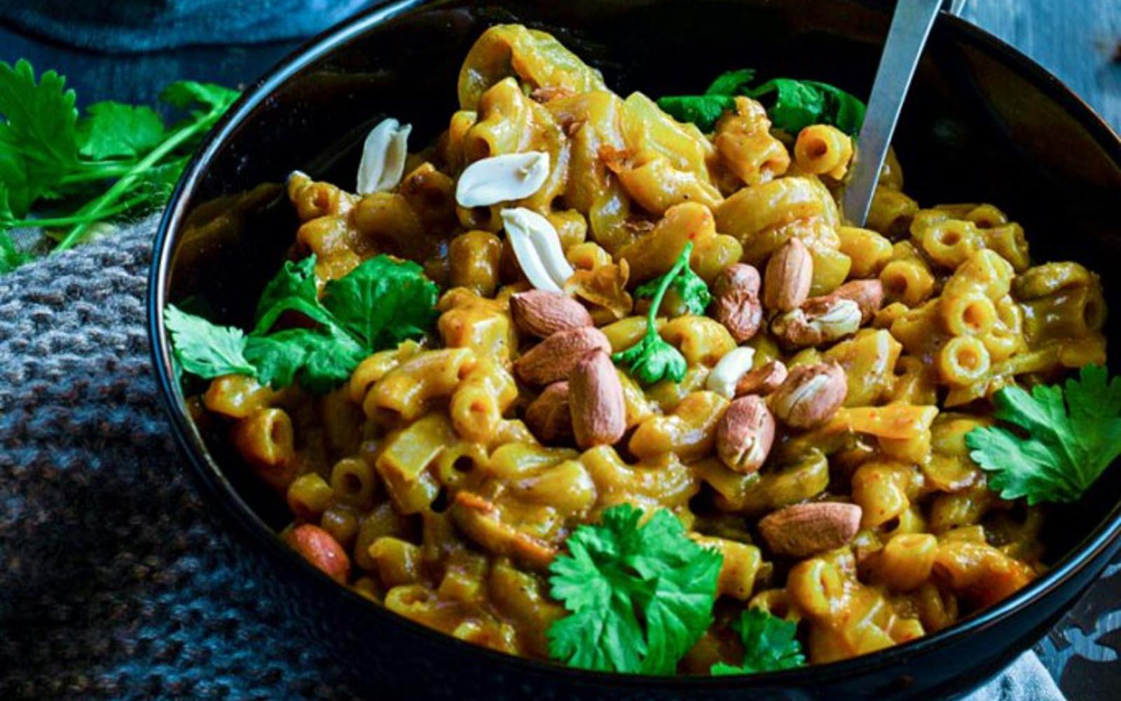 One Pan Thai Yellow Curry Macaroni
