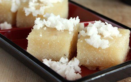 Ongol Ongol: Indonesian Steamed Cassava Cake
