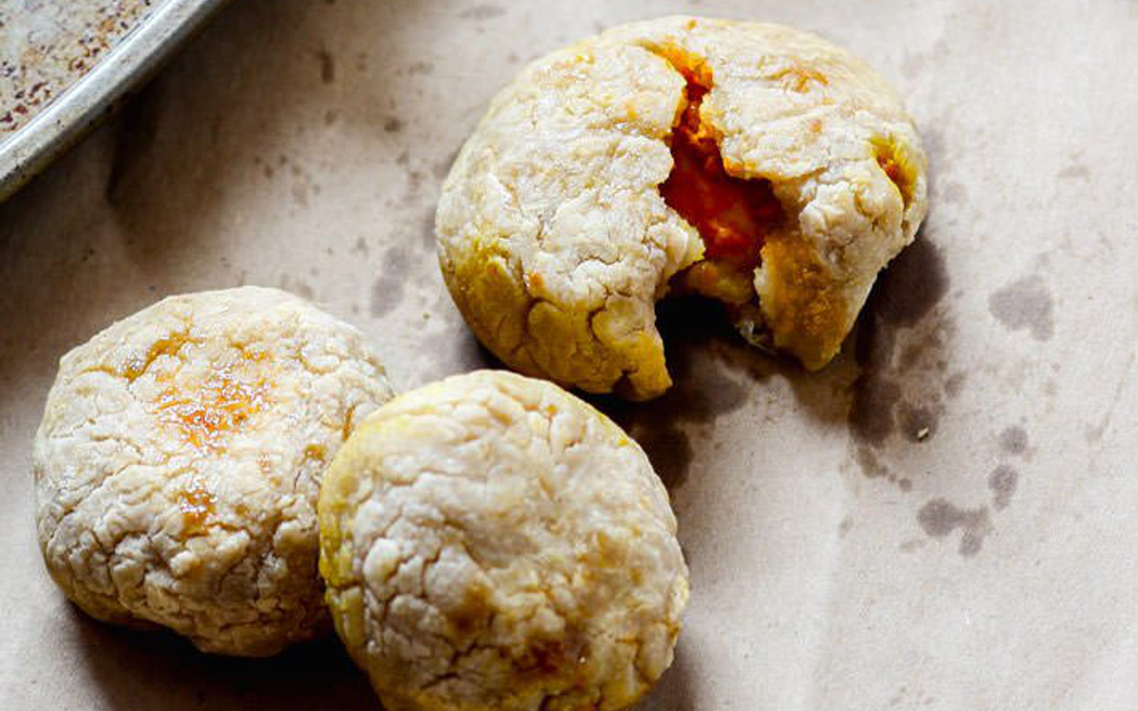 Pumpkin Pie Stuffed Dough Balls