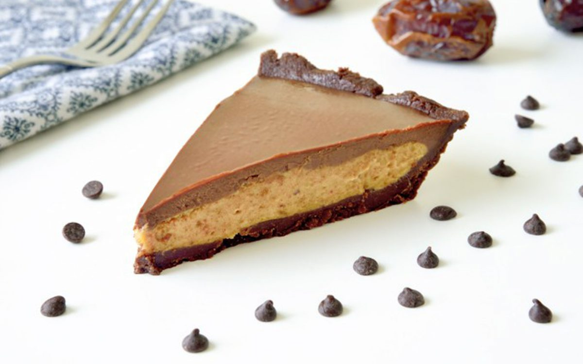 Salted Date Caramel Chocolate Pie