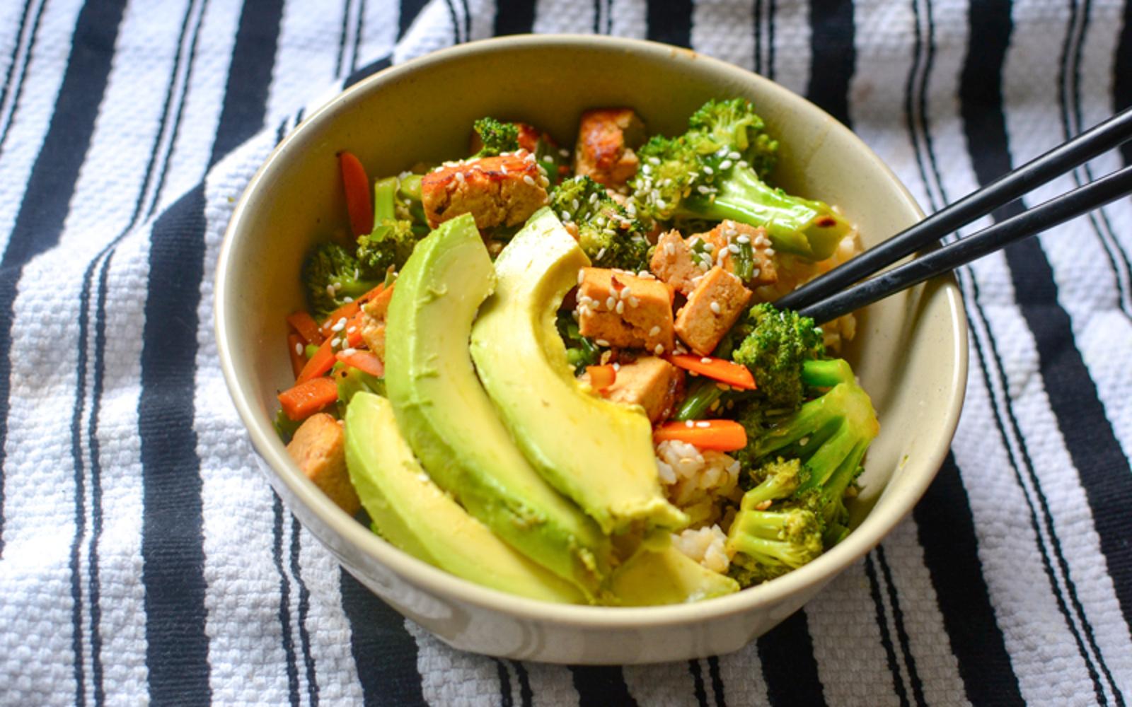 Sriracha and Lemongrass Marinated Tofu Bowls