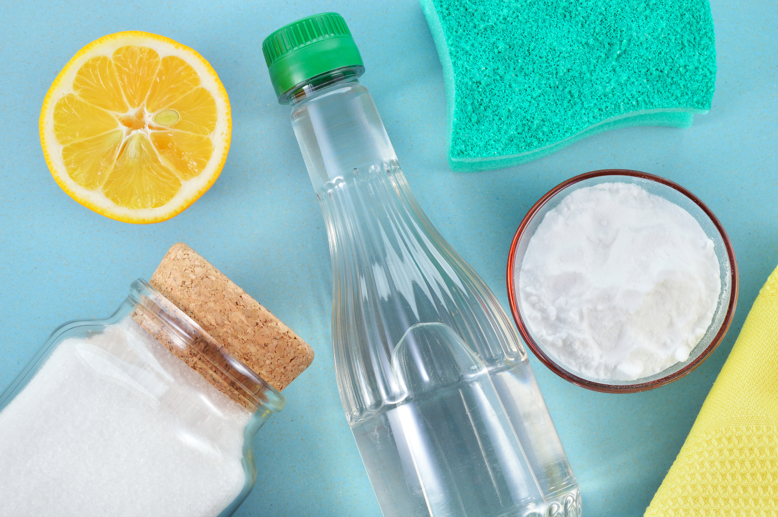 6 Life Hacks Using Vinegar That Can Help You Crush Toxins and Plastic in Your Home