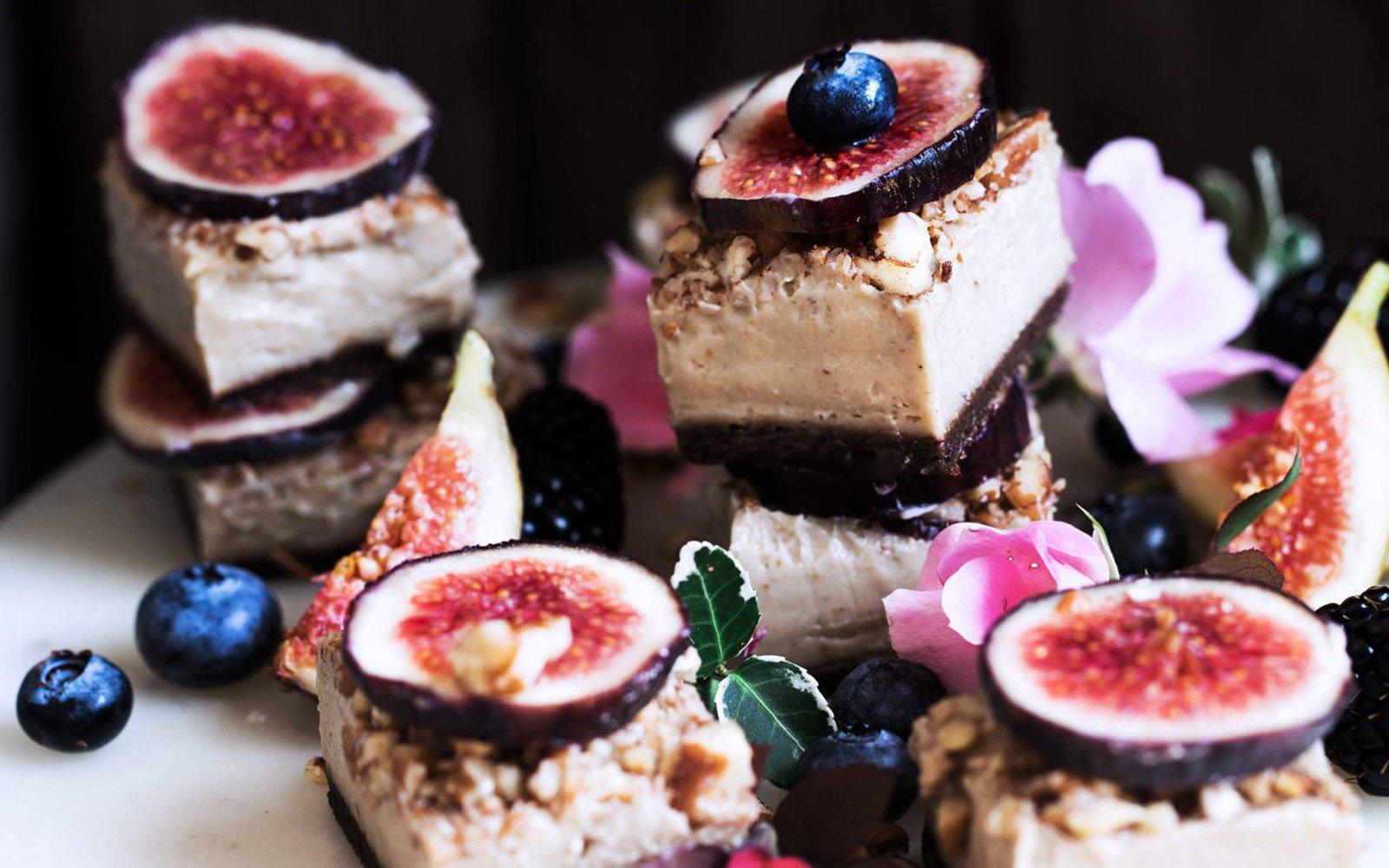 creamy fig cheesecake bites