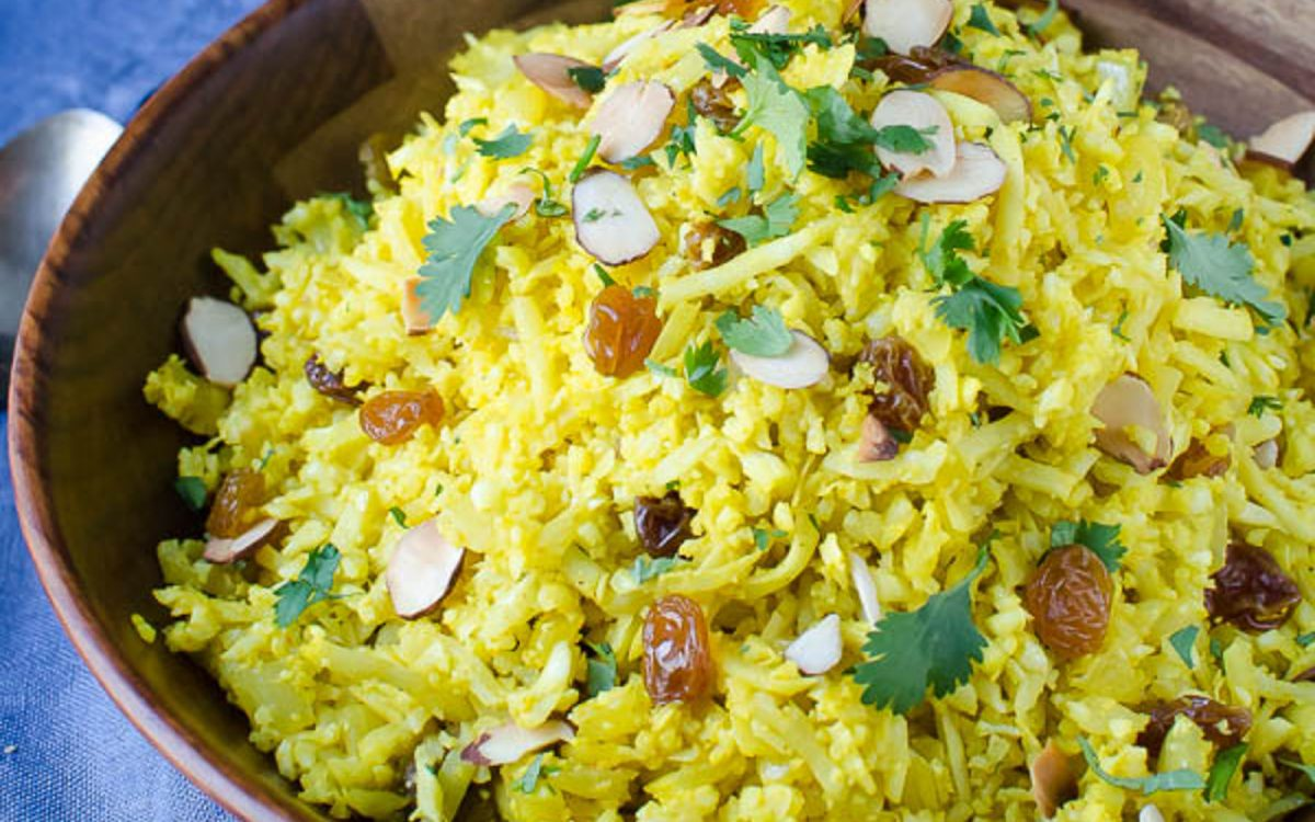 Curried cauliflower rice pilaf