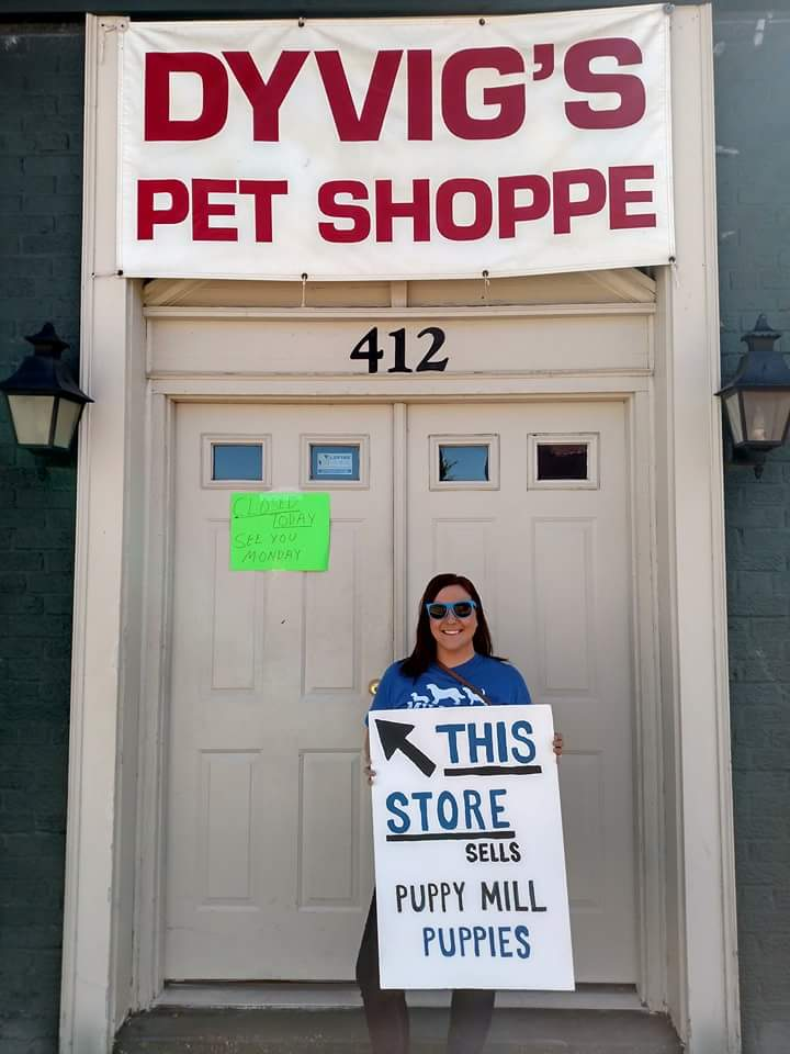 Why This Organization Staged a Month-Long Protest in Front Of a Pet Store
