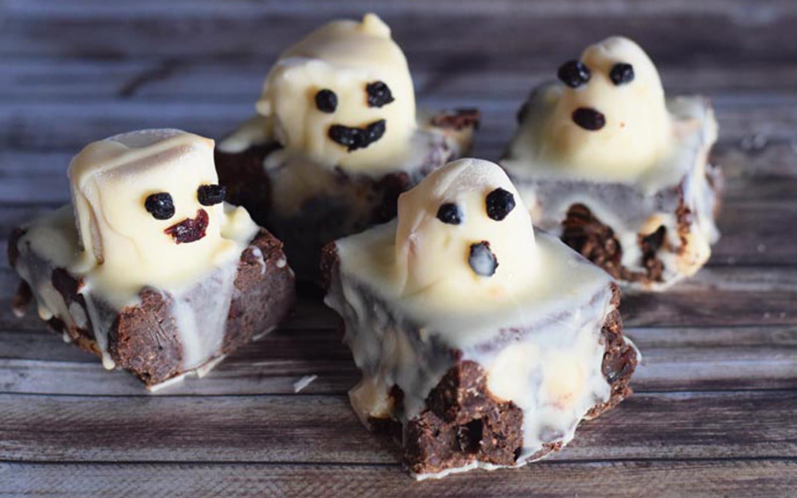 Raw Halloween Ghostie Brownies