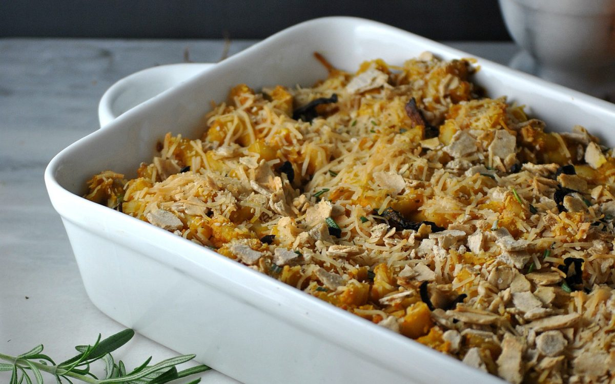 Vegan Mac and Cheese Casserole